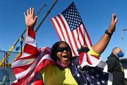 Giới chức phụ trách bầu cử Mỹ tuyên bố không có dấu hiệu gian lận bỏ phiếu