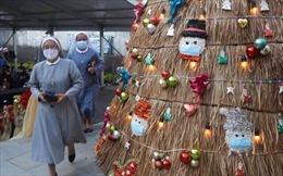 COVID-19 tới 6 giờ sáng 26/12: Thế giới trên 80 triệu ca bệnh; Châu Âu siết chặt phòng dịch dịp Giáng Sinh