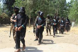 Taliban chiếm nhiều khu vực chiến lược của Afghanistan, ráo riết tuyển mộ lực lượng