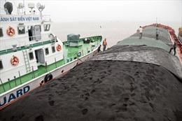 Quyết tâm đấu tranh chống tội phạm buôn lậu và gian lận thương mại trên biển