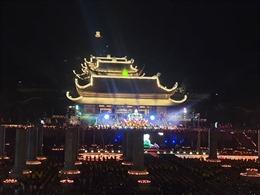 Lễ hội Hoa đăng cầu nguyện thế giới hòa bình nhân Đại lễ Phật đản Vesak 2019