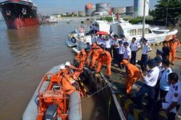 Cảnh sát biển tập huấn nghiệp vụ cứu hộ, cứu nạn