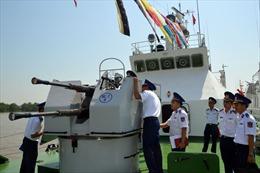 Cảnh sát biển thi tàu tốt
