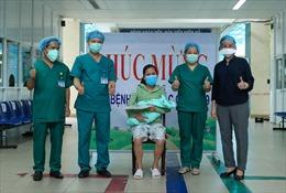 Việt Nam đã có 1.016 ca mắc COVID-19; giải cứu bé 2 tuổi bị bắt cóc; bắt giam Tổng Giám đốc Công ty thoát nước Hà Nội
