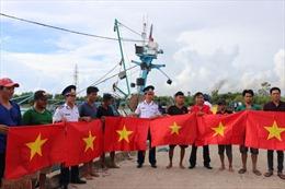 Bộ Tư lệnh Vùng Cảnh sát biển 4 đồng hành với ngư dân Kiên Giang