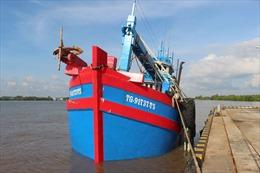Cảnh sát biển tạm giữ tàu chở khoảng 70.000 lít dầu D.O không rõ nguồn gốc