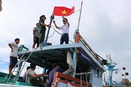 Nâng cao nhận thức cho ngư dân về khai thác hảisản
