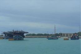 Các âu tàu ở Trường Sa giúp ngư dân tránh trú áp thấp nhiệt đới trên biển