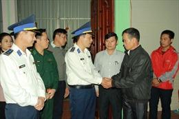 BTL Vùng Cảnh sát biển 1 thăm hỏi, động viên gia đình quân nhân hy sinh tại Quảng Trị