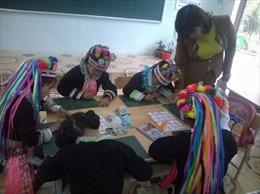 Người giáo viên có nhiều sáng kiến trong giảng dạy ở vùng cao