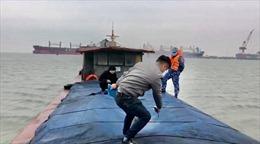Cảnh sát biển bắt giữ tàu vận chuyển 200.000 tấn than trái phép