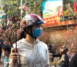 Chợ hoa Thủ đô nhộn nhịp ngày cuối năm