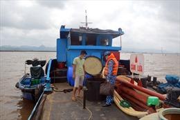 Bộ Tư lệnh Vùng Cảnh sát biển 1 tạm giữ 25.000 lít dầu DO không rõ nguồn gốc
