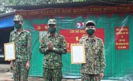 Lễ kết nạp đảng viên nơi tuyến đầu chống dịch COVID-19