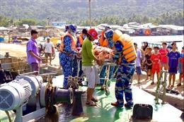 Cảnh sát biển, điểm tựa vững chắc cho ngư dân vươn khơi, bám biển