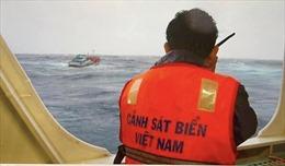 Cảnh sát biển đẩy mạnh tuần tra và tuyên truyền cho ngư dân không khai thác hải sản trái phép