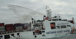 Bộ Tư lệnh Cảnh sát biển cứu nạn tàu Singapore bị cháy trên biển