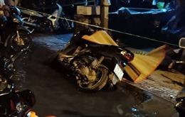 Nam thanh niên bị hai đối tượng ép xe, đâm tử vong tại chỗ