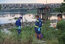 Phát hiện xác chết nổi gần cầu sắt Phú Long