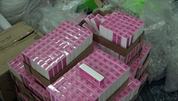 Triệt phá điểm sản xuất nước hoa, mỹ phẩm nhái hàng cao cấp