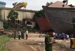 Nổ xưởng đóng tàu ở TP Hồ Chí Minh, 3 người thương vong
