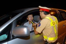 Tổng kiểm tra nồng độ cồn, ma tuý các tài xế xe ô tô trên toàn TP Hồ Chí Minh