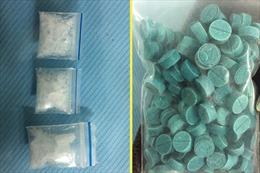 Tổ công tác bắt giữ thanh niên mang theo 178 viên thuốc lắc, 3 gói ma túy đá