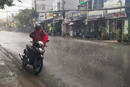 TP Hồ Chí Minh đón cơn mưa 'vàng' sau nhiều ngày nắng nóng