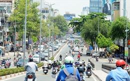 Nhiệt độ ngoài trời tại TP Hồ Chí Minh lên hơn 40 độ C, UV ở mức 12