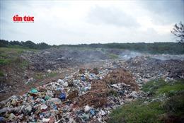 Đảo ngọc Phú Quý 'chống chọi' với rác thải du lịch