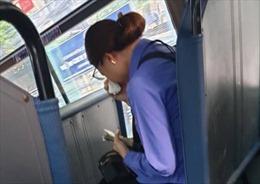 Hành khách 'quên mua vé', nữ nhân viên xe buýt bị đình chỉ việc tại chỗ
