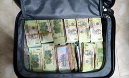 Công an TP Hồ Chí Minh khám phá 2 vụ trộm phá két sắt lấy đi hàng tỷ đồng
