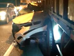 Lái xe BMW tử vong sau cú đâm xe tải trên cao tốc Long Thành