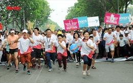 10.000 người tham gia chạy bộ gây quỹ hỗ trợ cho 180 bệnh nhi tim bẩm sinh