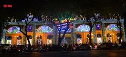 Không khí Giáng Sinh tràn ngập khắp TP Hồ Chí Minh