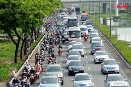 Người dân rời Thành phố Hồ Chí Minh về quê, cửa ngõ miền Tây đông nghịt