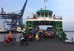 TP Hồ Chí Minh vẫn tiếp tục duy trì hoạt động bến phà Cát Lái, quận 2