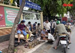 Nhiều người dân TP Hồ Chí Minh vẫn chủ quan, không đeo khẩu trang ở nơi công cộng