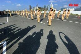Công an TP Hồ Chí Minh ra mắt đội hình nữ CSGT dẫn đoàn
