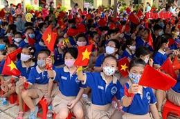Học sinh TP Hồ Chí Minh rạng ngời trong lễ khai giảng năm học mới