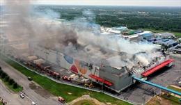 Đã dập tắt đám cháy lớn trong khu công nghiệp Hiệp Phước