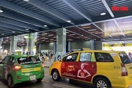 Xử lý nghiêm lái xe 'chọn khách đi xa – chê khách gần' tại sân bay Tân Sơn Nhất