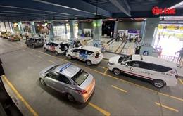 Cảng hàng không Quốc tế Tân Sơn Nhất phản hồi về việc thu phí taxi công nghệ