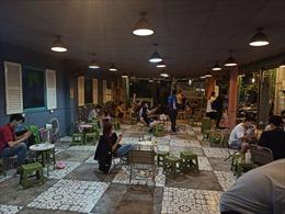 Nhà hàng, cà phê ở TP Hồ Chí Minh bị phạt vì mở cửa đón khách vào ăn uống