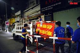 TP Hồ Chí Minh: Quận Gò Vấp tháo dỡ 12 chốt phong tỏa