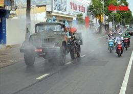 TP Hồ Chí Minh: Phun khử khuẩn tại 'tâm dịch' quận Gò Vấp