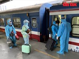 Đoàn tàu 'đặc biệt' đưa 700 người dân Hà Tĩnh từ TP Hồ Chí Minh về quê
