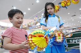 Lồng đèn Việt mẫu mã đẹp chiếm lĩnh thị trường