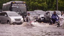 Nan giải chống ngập tại TP Hồ Chí Minh - Bài 2: 'Điệp khúc'mưa là ngập