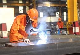 Doanh nghiệp cần lao động, sinh viên ra trường vẫn thất nghiệp